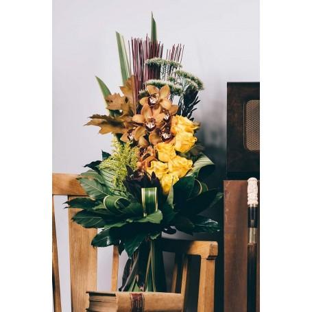 Ramo de orquideas e rosas em tons de Outono - MADEIRA