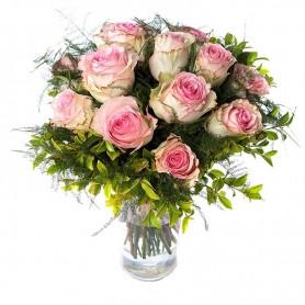 Bonito Ramo de Rosas em tons claros - ROSAS da AMIZADE
