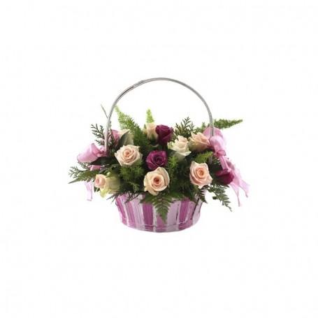 Cesto de rosas em tons diferentes - ROSAS JUVENTUDE
