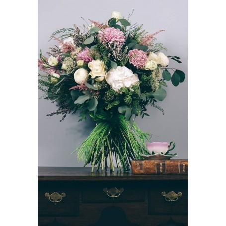 Fantástico Ramo de Flores lindas e naturais - SINFONIA