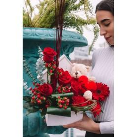 Caixa de Rosas Vermelhas com urso de peluche - TEDDY ROSE