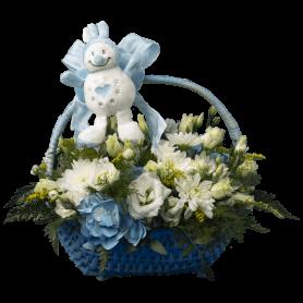 Cesta de Vime Azul com Flores e Peluche Menino Bebé - Nacib