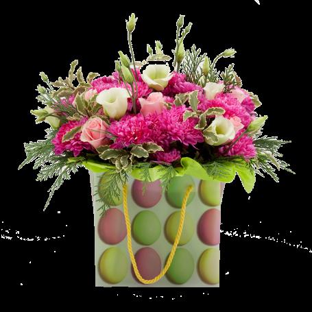 Saco com arranjo de flores da época com rosas champanhe - OVINHOS