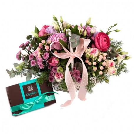 cesta de flores da época